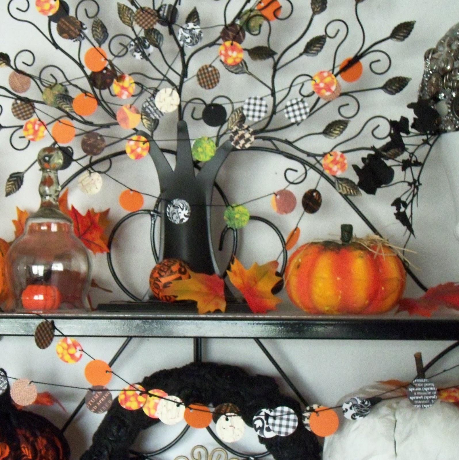 http://1.bp.blogspot.com/-o3jCJn5xJzE/UH8G05WxQKI/AAAAAAAAD9o/OuD2G5DBXaQ/s1600/halloween+garlands+baker\'s+rack+008.jpg