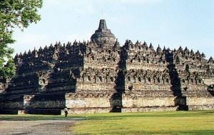 Objek Wisata Di Jawa Tengah