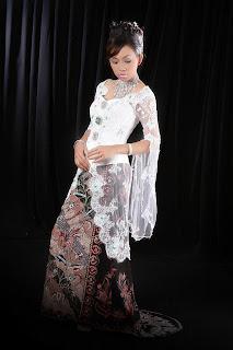 Kebaya Modern Indonesia
