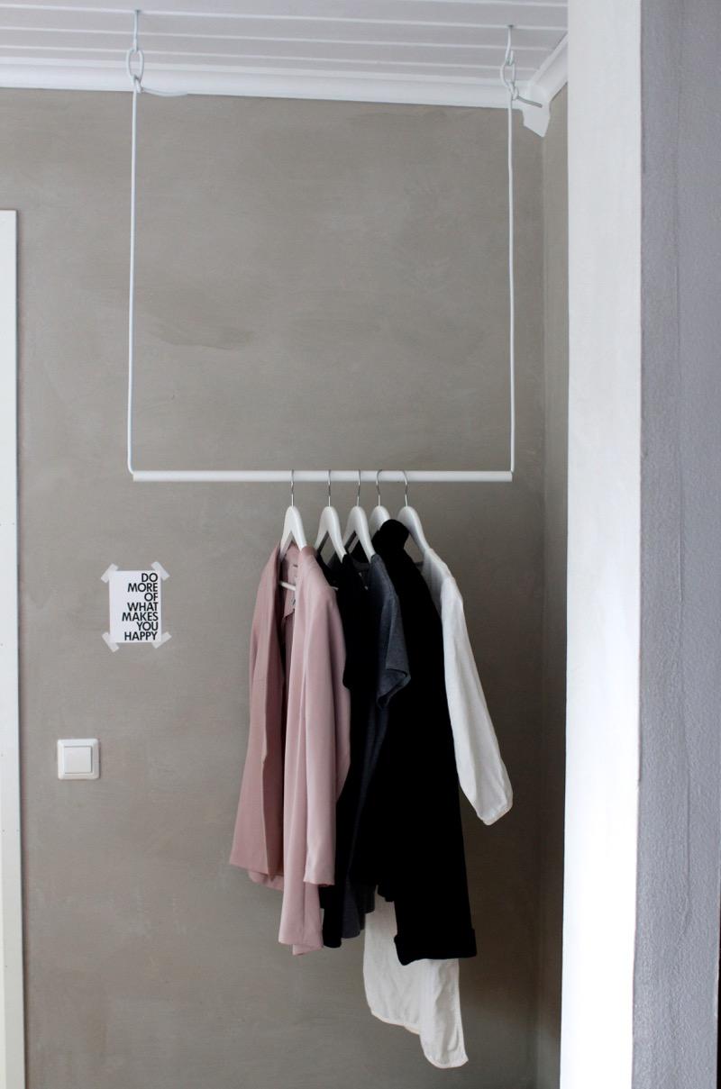 valkoinen DIY vaaterekki
