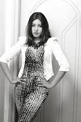 Komal Jha Glamorous Portfolio Stills-thumbnail-9