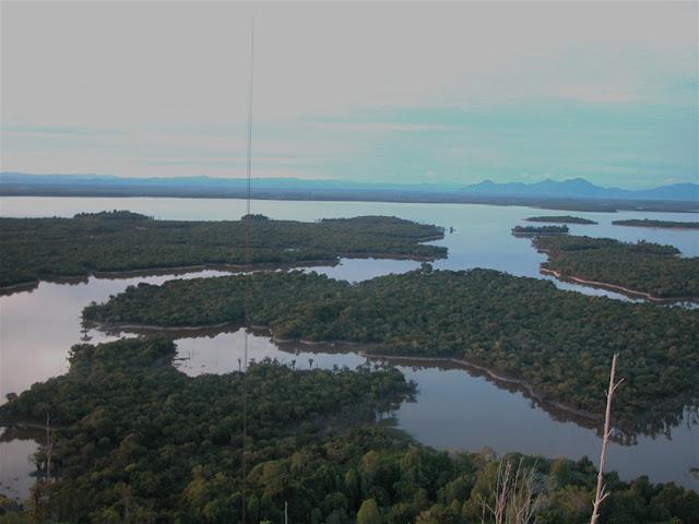 Taman Wisata Danau Sentarum Kalimantan