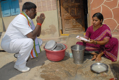 Funny Picture - Indian Politician Begging for Vote