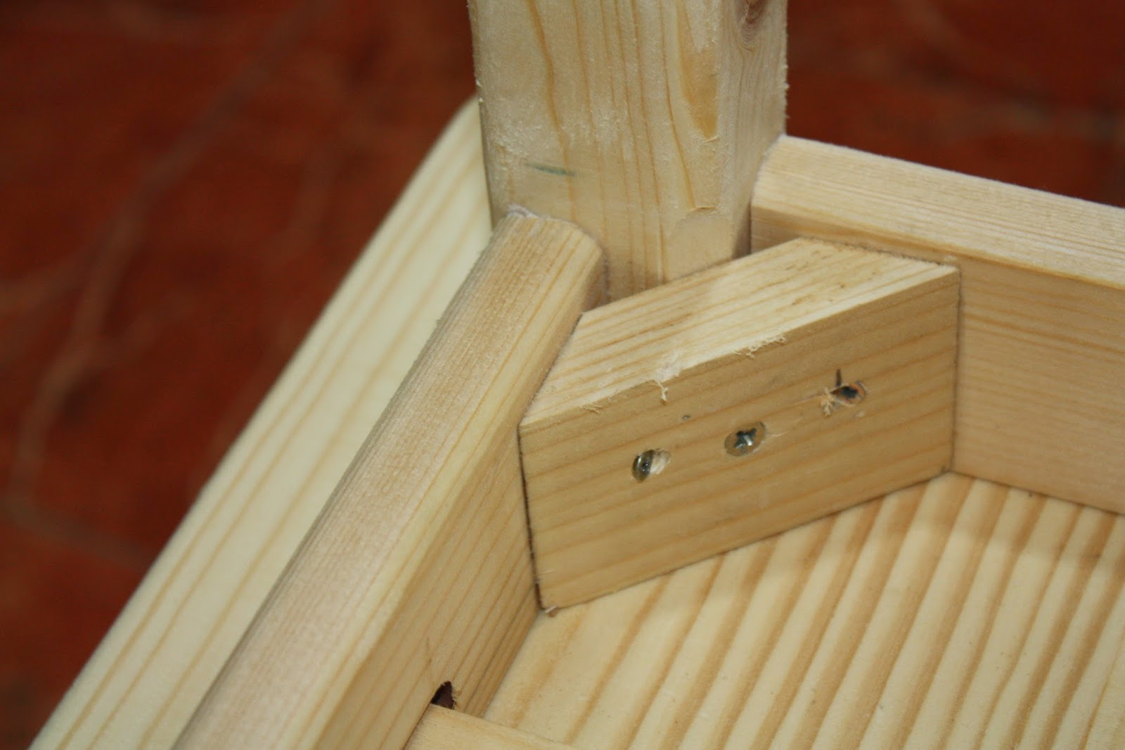 Brico carpinteria una mesa para lucia - Como hacer patas de madera para mesas ...