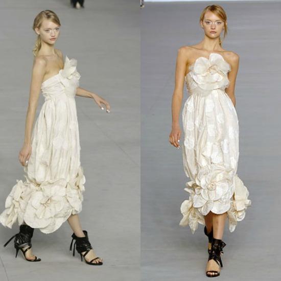 gemma-ward-vestido-2006-chanel-camelia