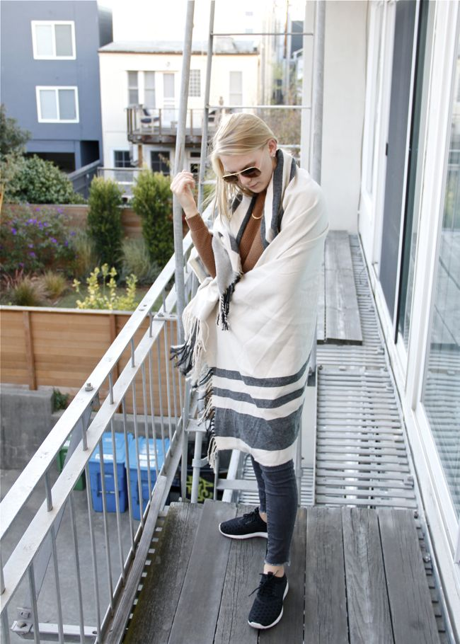 Shae Roderick, outfit, style, fashion blogger, San Francisco, blanket scarf