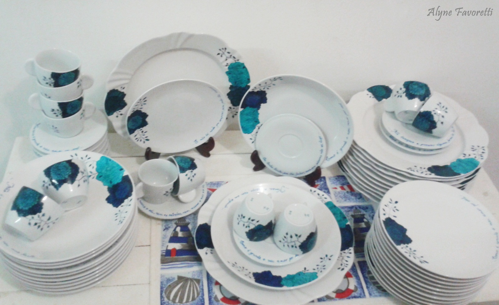 Alyne Favoretti: Aparelho de Jantar para 12 pessoas personalizado para  #2B6F7E 1600x980