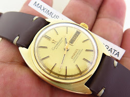 OMEGA CONSTELLATION CHRONOMETER GOLD DIAL GOLD TOP C SHAPE CASE - AUTOMATIC CAL 751