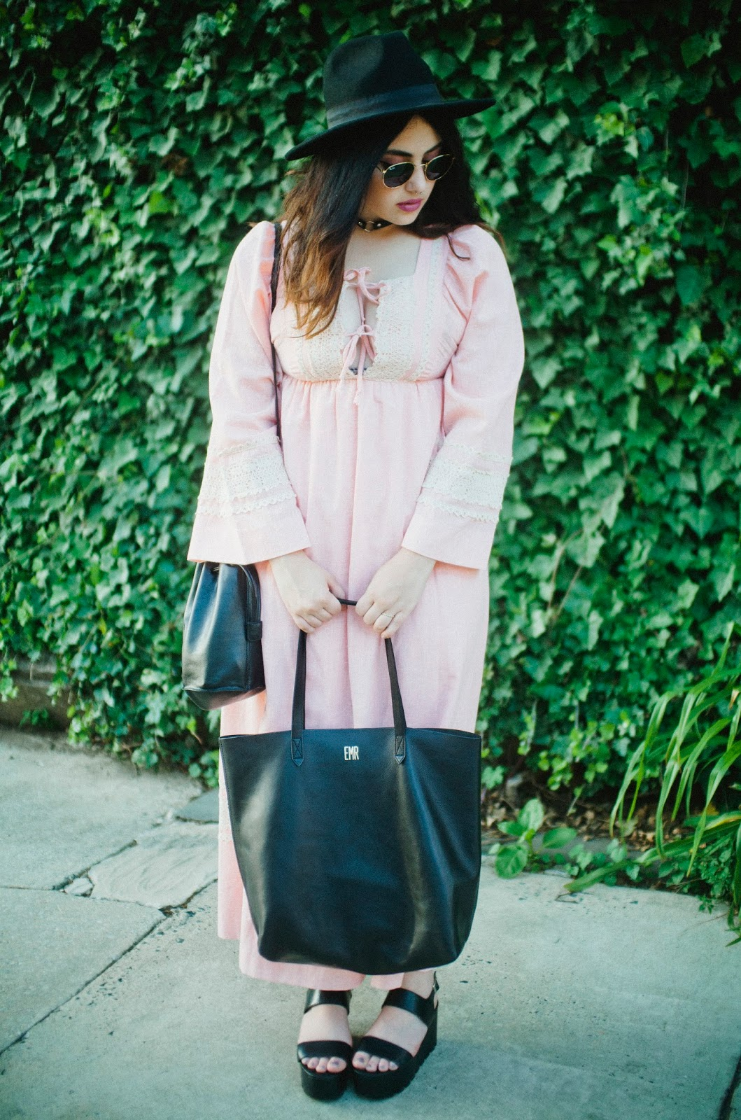 vintage, pink, dress, boho, Philadelphia, street, style, fashion, blog, Madewell, transport, tote,