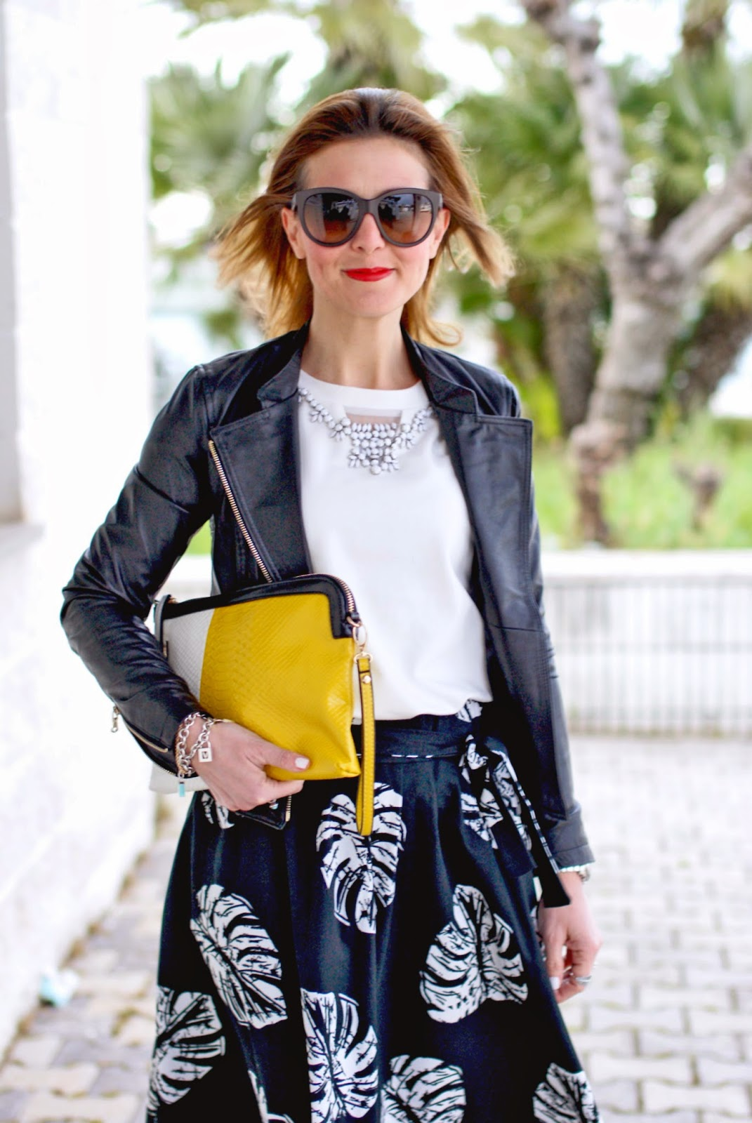 Giorgia & Johns felpa pietre e tulle, jeweled sweatshirt, leather peplum jacket, palm leaves print skirt, Loriblu heels, Fashion and Cookies, fashion blogger