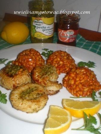 Zawijaski rybne z pesto i kaszotto pomidorowe