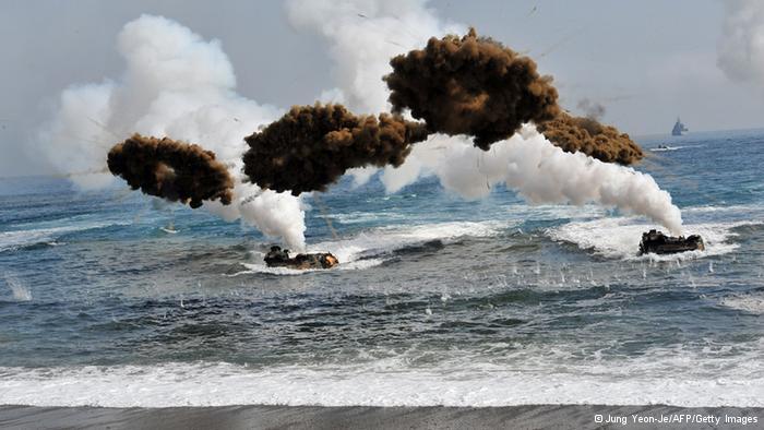Kuzey ve Güney Kore karşılıklı ateş açtılar