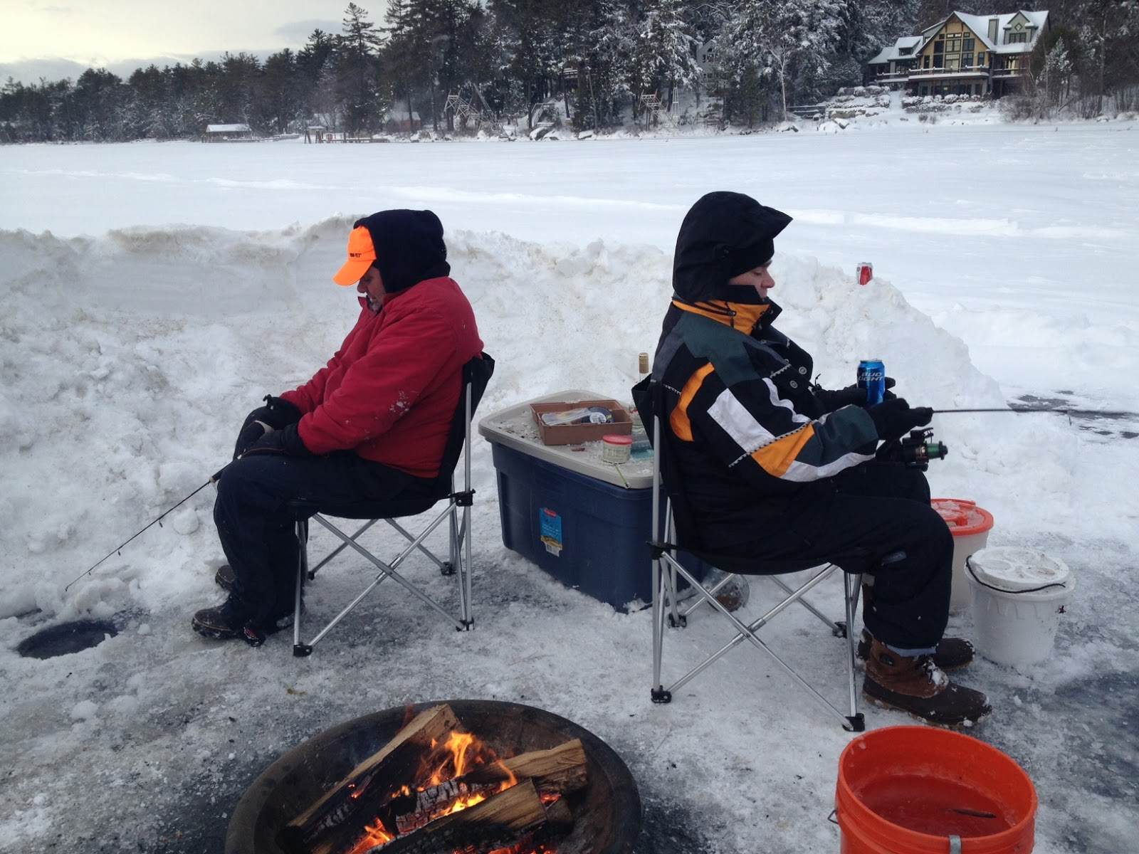 The fly fiend ice fishing derby for Ice fishing derby