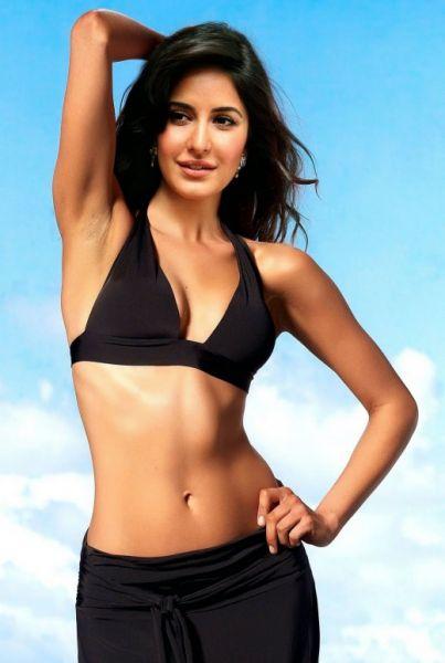 Sexy Bikini Pics Of Katrina Kaif