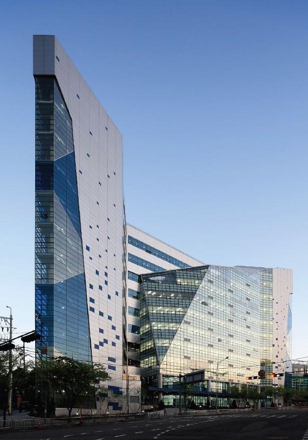 Project high clothing technology center in korea dongdaemun - Hightech architektur ...