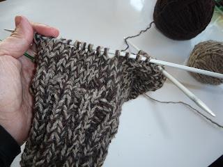 wyrobienie pięty na drutach