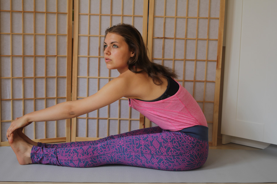 yoga stretch fitness girl