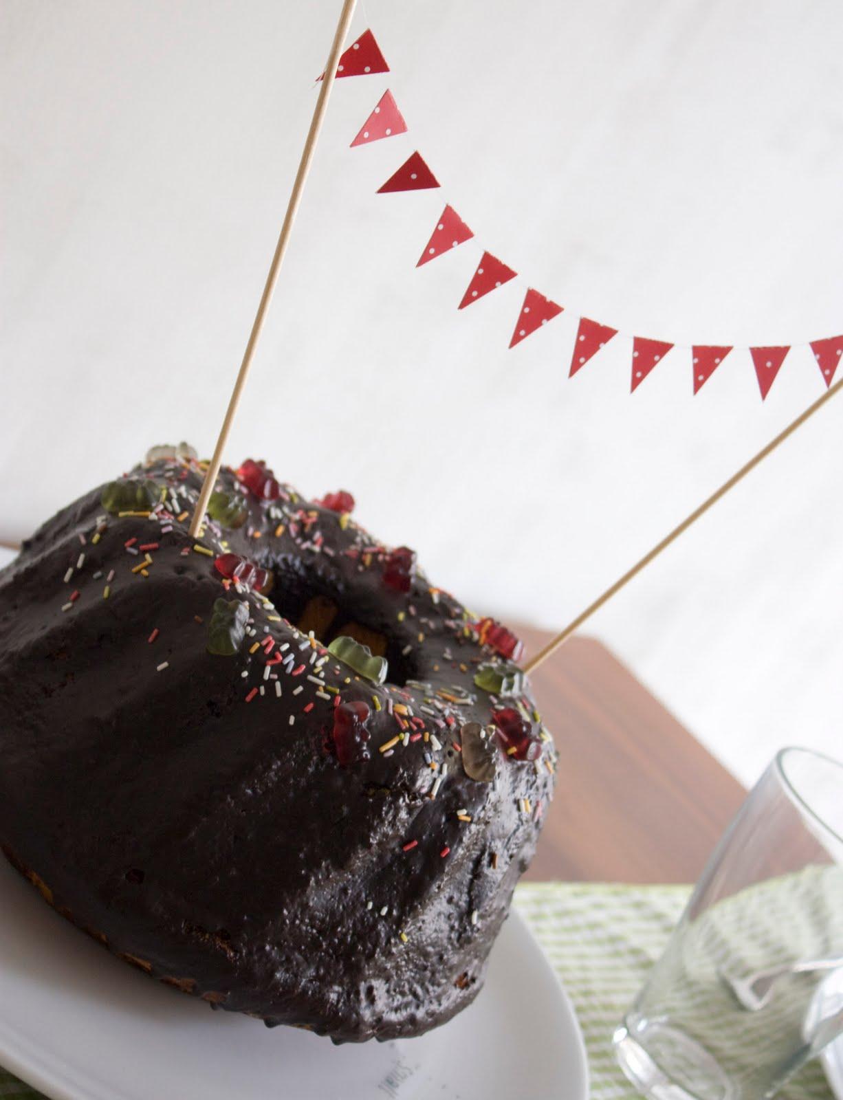 kindergeburtstag on pinterest rezepte torte and kuchen. Black Bedroom Furniture Sets. Home Design Ideas