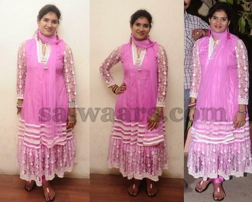 Tamil Actress Rekha Pink Salwar