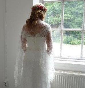 TE KOOP: mooie romantische bruidssjaal.
