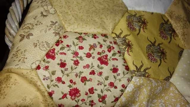 Balsemien gele bijen bloemen quilt - Quilts gele ...