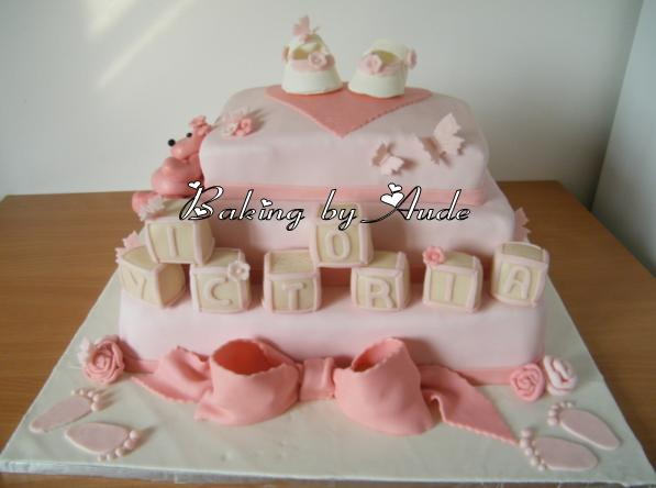 Baking by aude un g teau de bapt me original et pas cher - Decoration gateau bapteme fille ...