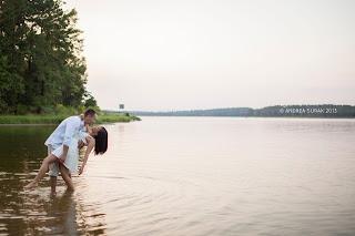 romantic Conroe engagement photographer