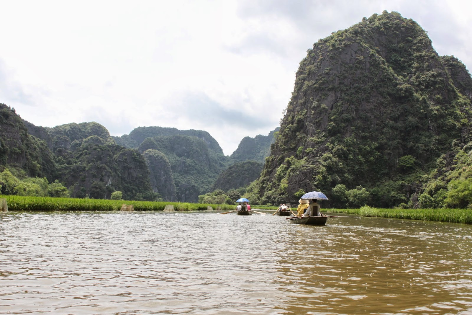It's gorgeous landscape scenery as we headed out from the first cave of cave Hang Ca at Tam Coc near the city of Ninh Bình in northern Vietnam