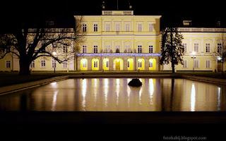 http://fotobabij.blogspot.com/2015/12/puawy-noca-paac-czartoryskich.html