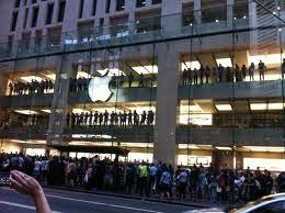 Sydney's Apple Store