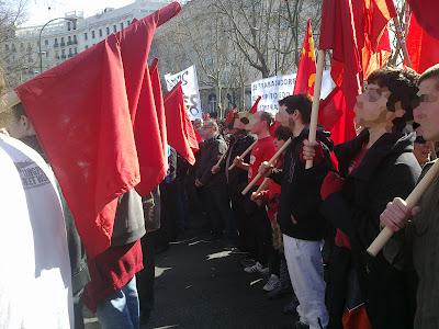 [Madrid] Fotos del bloque comunista (CJC, UP, PCPE, UJC-M) en la manifestación del 19F 19022012112