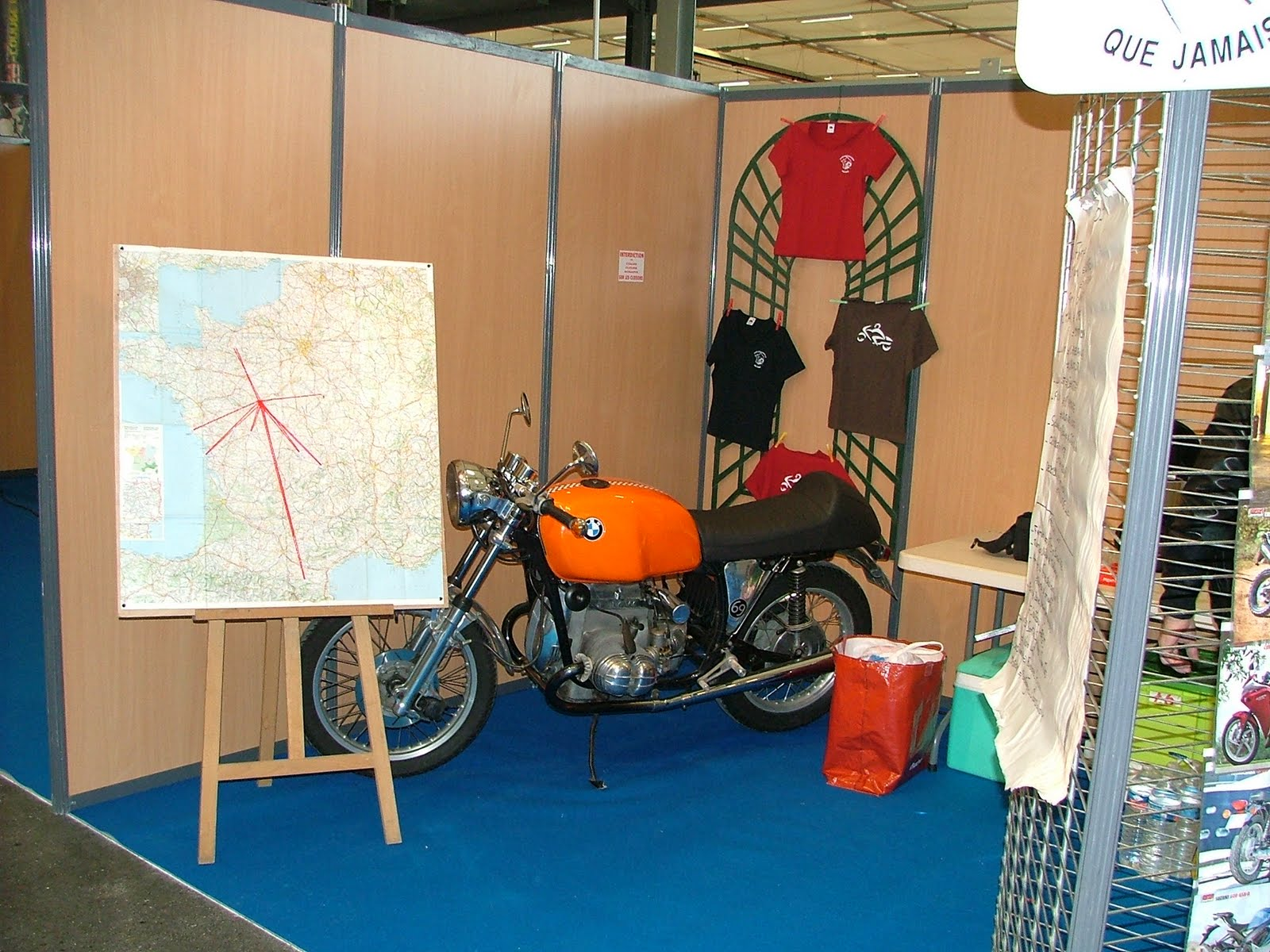 Moto club 37 vmqj salon de la moto 2011 rochepinard tours for Salon rochepinard tours