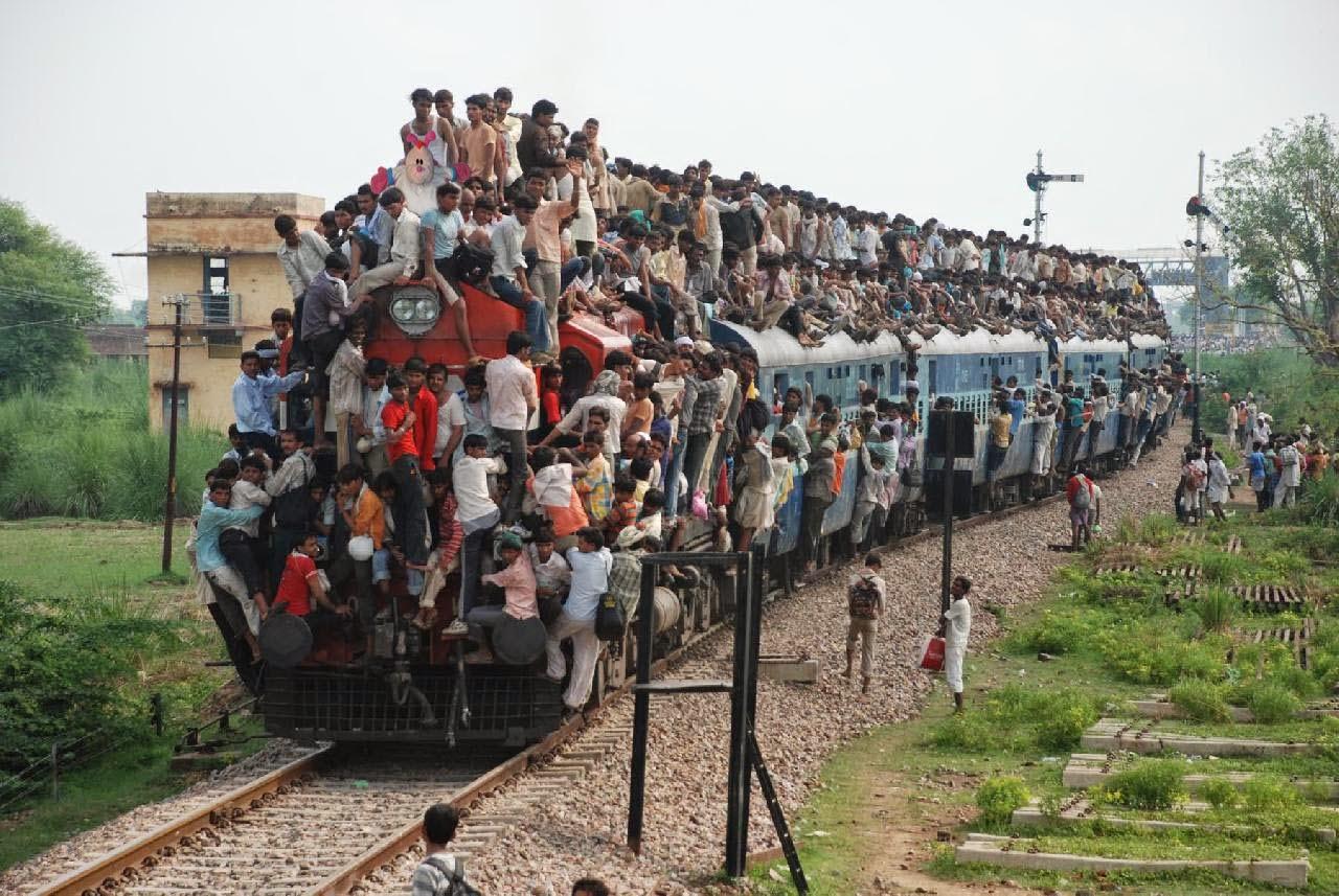 تسطيح الركاب أعلى القطار