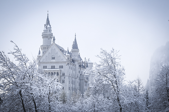Disney neuschwanstein castle