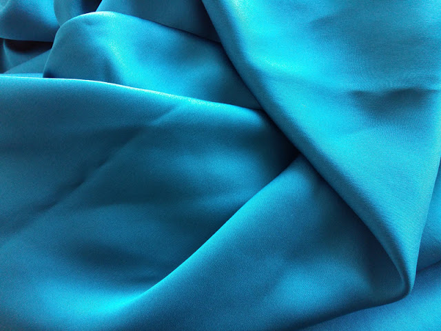 Peacock blue silk satin from Lanvin | www.stinap.com