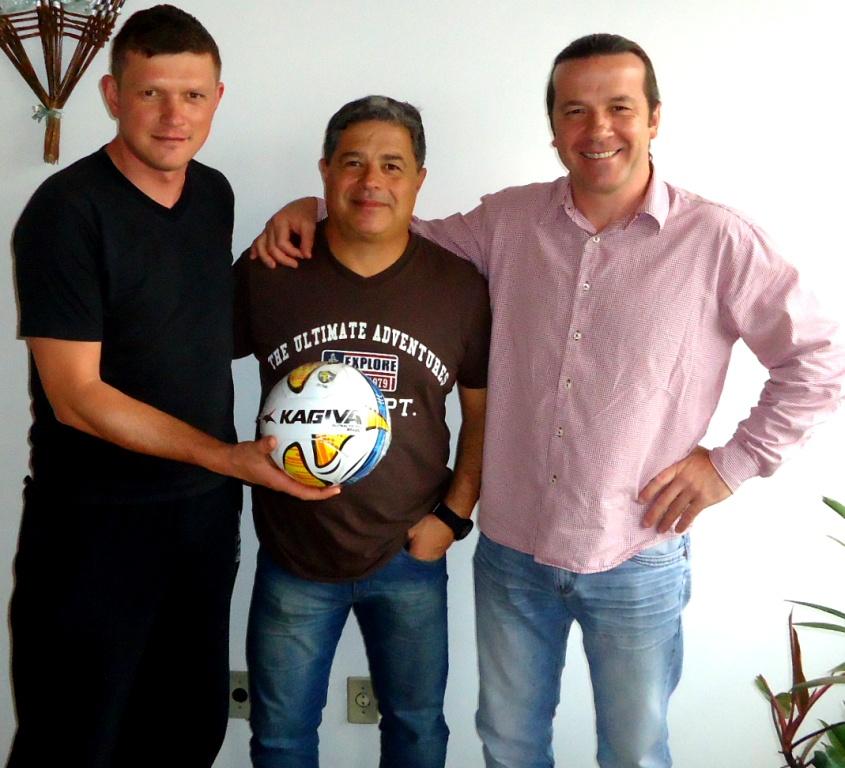 87ceff6a87 da competição com os representantes das Bolas Kagiva no RS