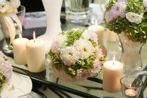 Aturbest special events simple ideas for wedding table for Simple wedding reception table decorations