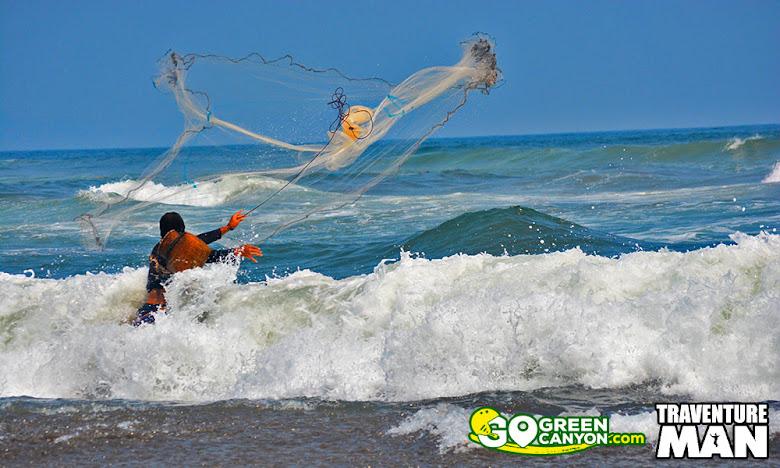Nelayan Batu Hiu