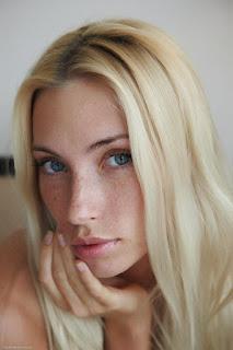 可爱的女孩 - rs-ErroticaArchive_Lentigginoso_Adele_medium_0003-769521.jpg