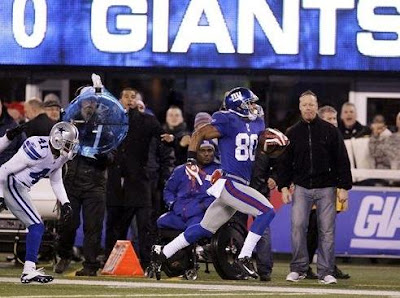 Victor Cruz's long touchdowns and salsa dances have made him a favorite of illiterate New York Giants fans