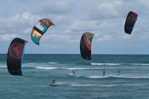 LIQUID FORCE-KITEBOARDING