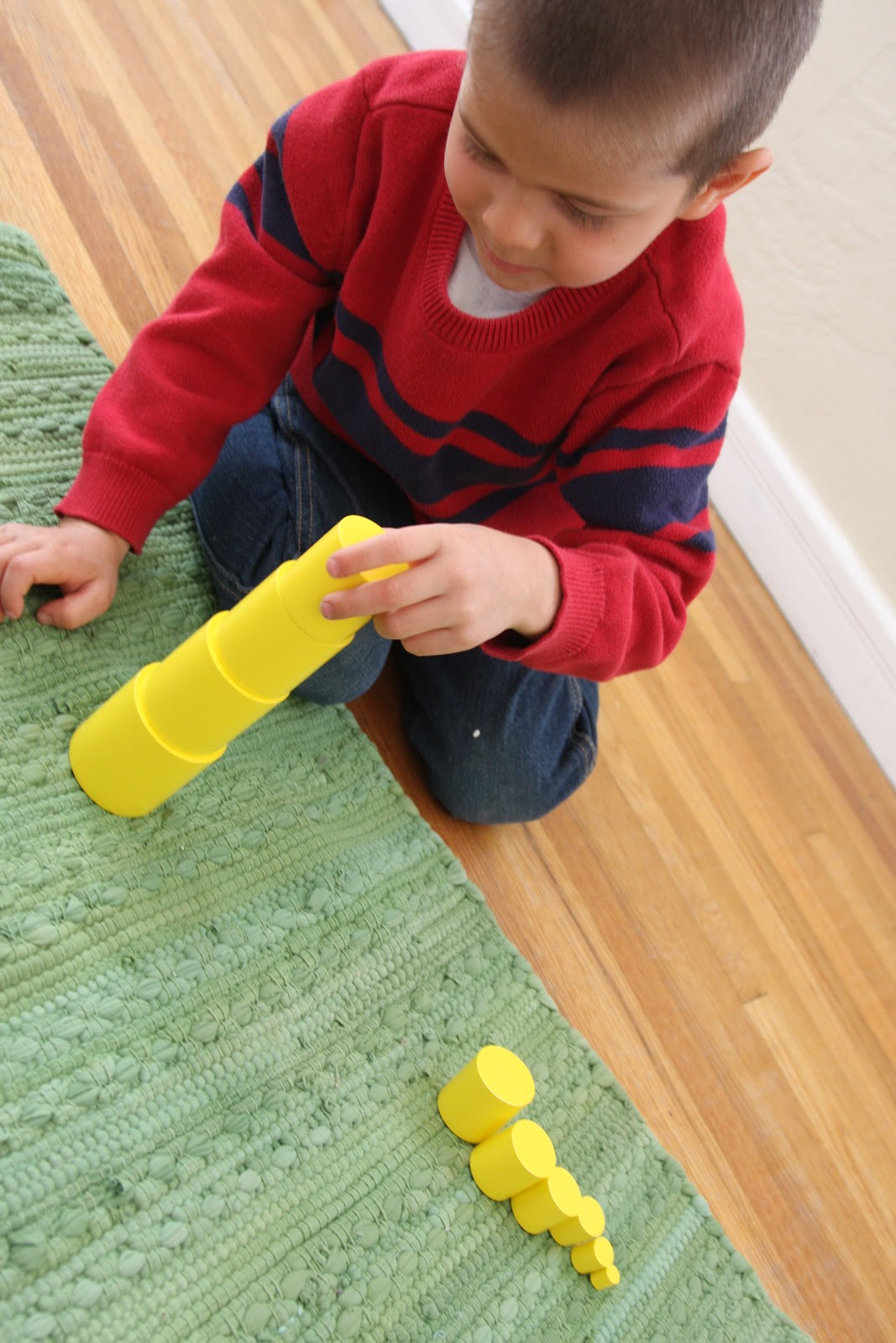 montessori education The masters degree in montessori education is designed to enhance qualifications for individuals in classroom teaching incorporating the montessori approach to education.