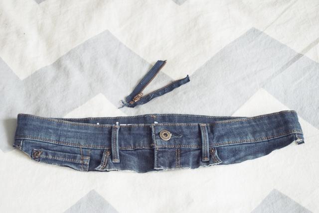 Tự làm quần Jeans cho mẹ bầu năng động - Ảnh 3