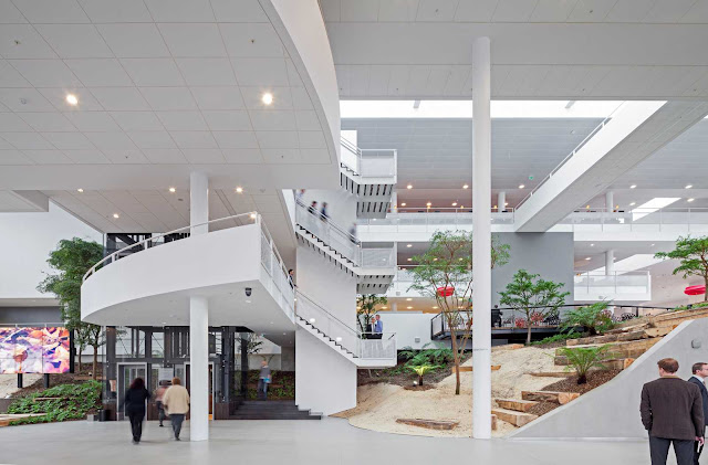 07-Conference-Center-by-ADP-Architects