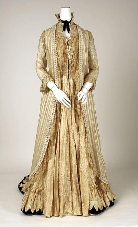 Relevant Tea Leaf: Tea Jackets, Tea Length Dresses & Tea Gowns