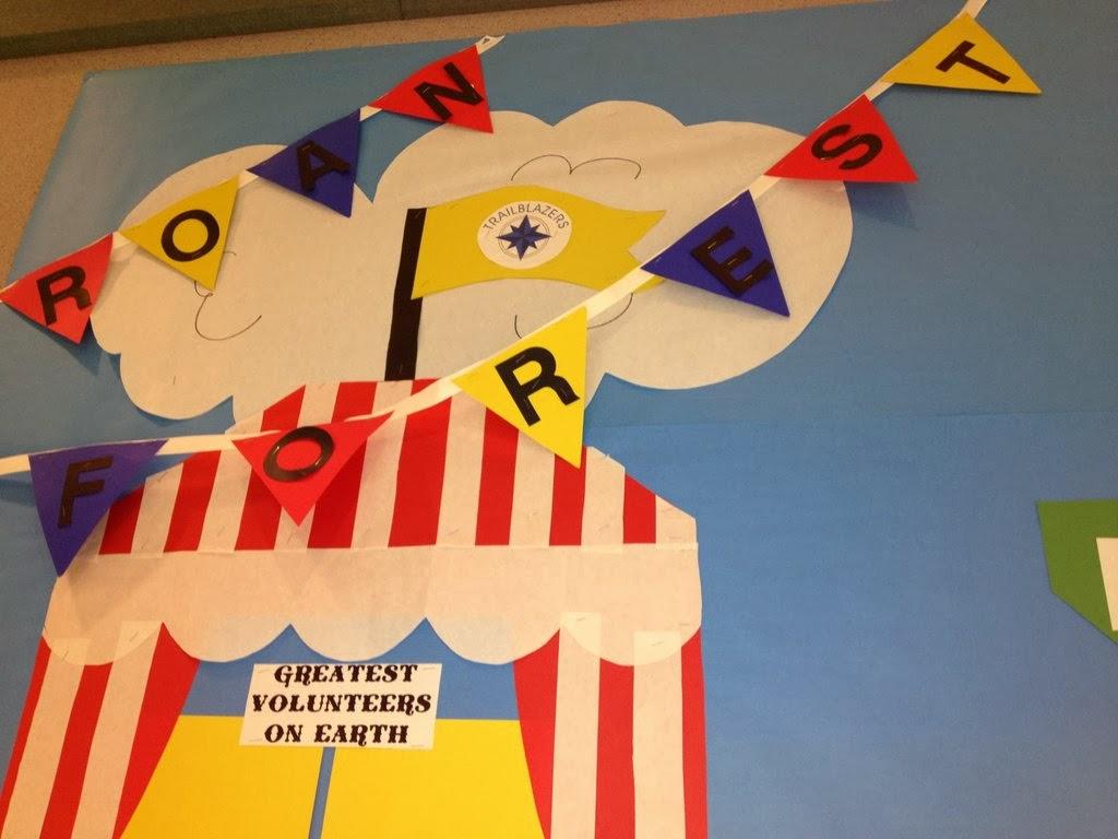 The Decorating Duchess: Fall Carnival School Bulletin Board