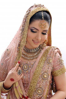 Beautiful Pakistani Women