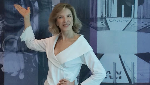 SBT confirma saída de Marília Gabriela e fim do De Frente com Gabi