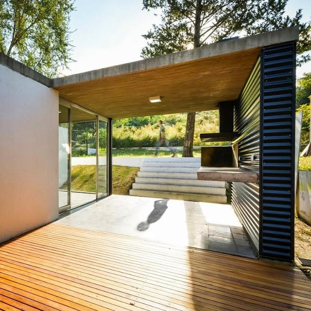 Desain rumah semi terbuka