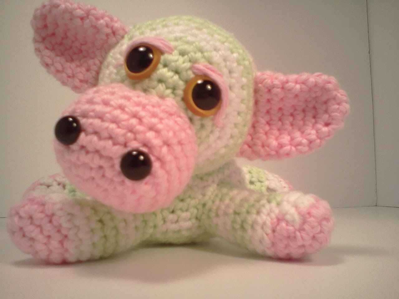 2000 Free Amigurumi Patterns: Emma the Baby Cow
